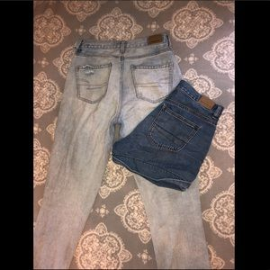 American Eagle Outfitters Jeans - LIGHT WASH AMERICAN EAGLE MOM JEANS